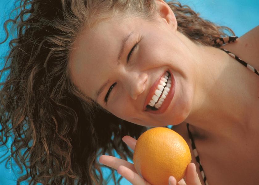 Alexandra_Alores_Miss_Deutschland_Smile_Foto_Hechel_Dental-Elan